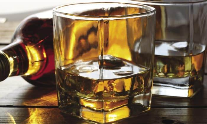 Alcohol and Tobacco Top Duty Free Purchases, Luxury Research